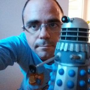Yo y mi Dalek, pues Dalek se llama