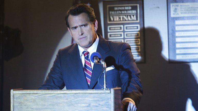 Bruce Campbell caracterizado de Reagan en Fargo